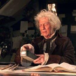 "John Hurt - ""Harry Potter"": Diese 16 Stars aus den Filmen sind bereits verstorben (#3) Poster"