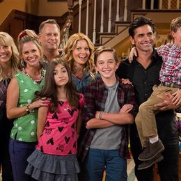 The Big Bang Theory - 9 Serien, die endlich abgesetzt werden sollten! (#8) Poster