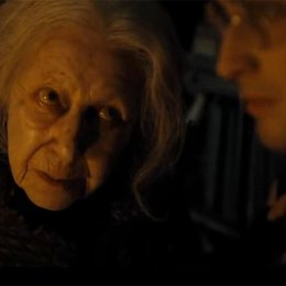 "John Hurt - ""Harry Potter"": Diese 16 Stars aus den Filmen sind bereits verstorben (#4) Poster"