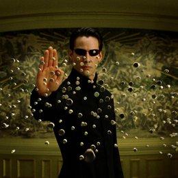 Keanu Reeves - Das sind die 11 unglaublichsten Verschwörungstheorien aus Hollywood! (#1) Poster