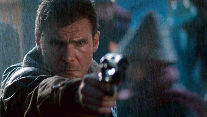 I Am Legend - Gestrichen: Diese 10 Filmenden waren fürs Kino viel zu heftig (#9) Poster