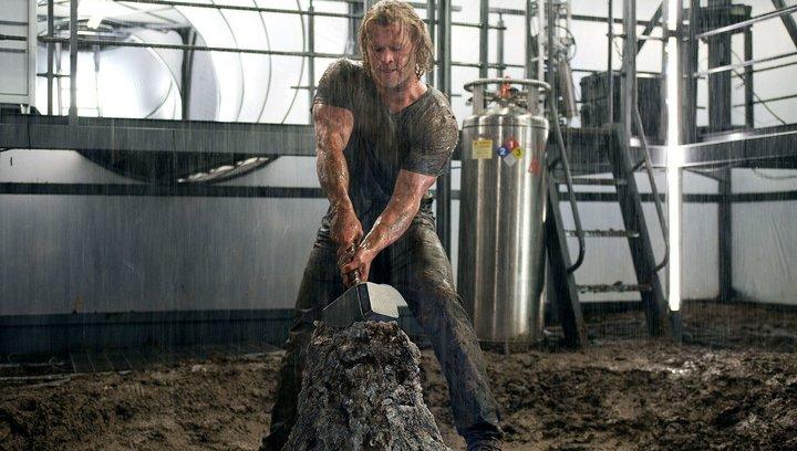 Thor: Tag der Entscheidung - Krasse Rekorde: Diese Schauspieler haben ihr Gewicht extrem verändert (#10) Poster