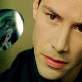 Das sind die 11 unglaublichsten Verschwörungstheorien aus Hollywood!
