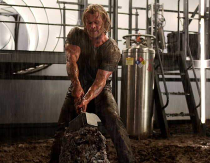 Thor 2011 Chris Hemsworth Marvel MCU