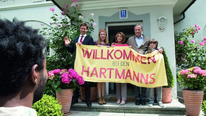 Willkommen bei den Hartmanns - Trailer Poster