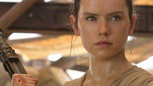 """Wer sind Reys Eltern? (Spoiler) Das wissen wir nach """"Star Wars 8"""" über Reys Familie"""
