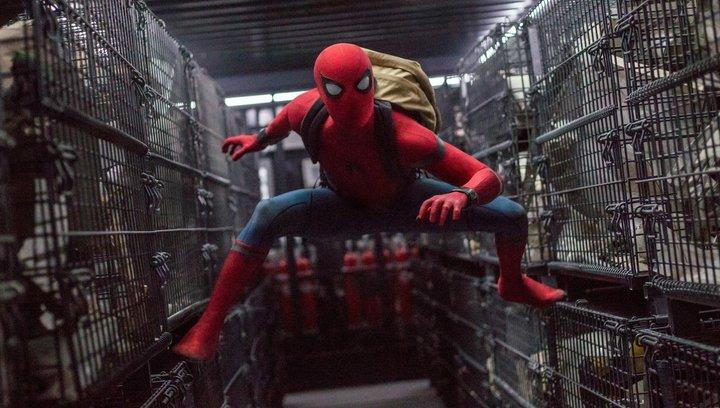 Spider-Man Homecoming - Trailer 2 Deutsch Poster