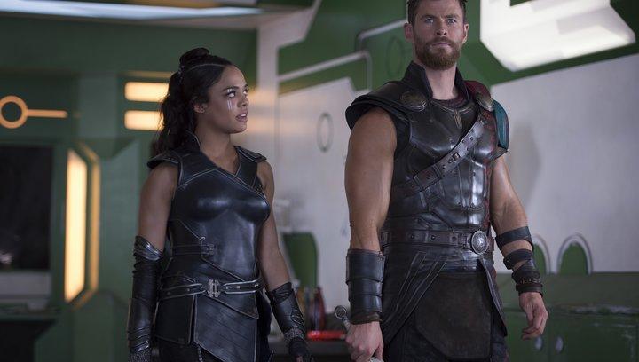 Thor: Tag der Entscheidung - Trailer 2 Deutsch Poster