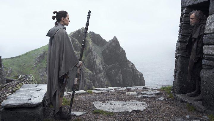 Star Wars 8: Die letzten Jedi - Trailer #2 Deutsch Poster