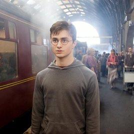 """""""Phantastische Tierwesen"""": Daniel Radcliffe äußert sich zur Kontroverse um Johnny Depp"""