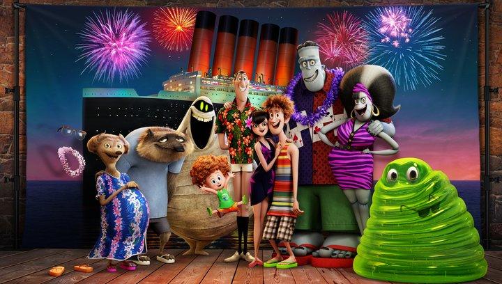 Hotel Transsilvanien 3 - Ein Monsterurlaub - Trailer Poster