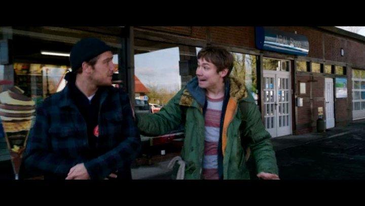 Die Brüder lernen Aria und Enzo kennen - Szene Poster