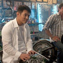 Neues Bild von Jet Li besorgt Fans, Management gibt aber Entwarnung (Update)