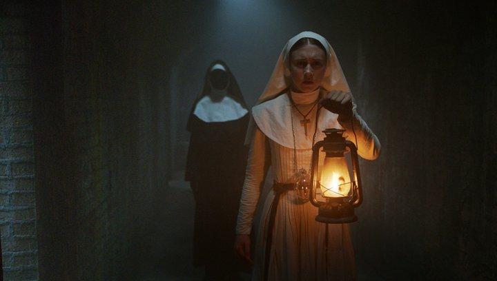 The Nun - Trailer Deutsch Poster