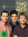 Two and a Half Men: Mein cooler Onkel Charlie - Die komplette achte Staffel (2 Discs) Poster
