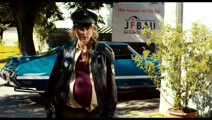 Maria konfisziert eine Kokswurst - Szene Poster