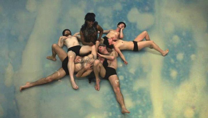 Fluido (OmU) - Trailer Poster