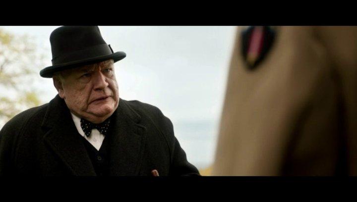 Churchill macht Eisenhower einen Vorschlag - Szene Poster