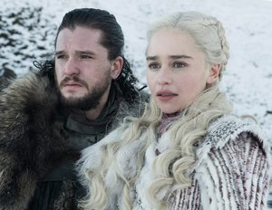 """Game of Thrones""-Video: Kit Harington brach in Tränen aus, als er von Jons & Daenerys' Schicksal erfuhr"